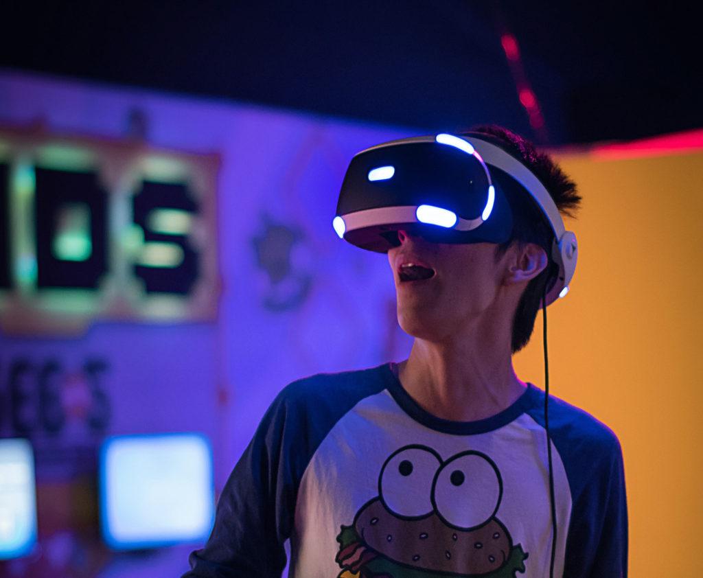 VR、AR、MR、SR、XRとは?それぞれの違いや活用方法を解説!