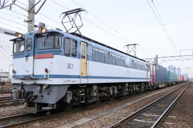 鉄道VR作品「人気貨物列車で行こうEF65」リリース